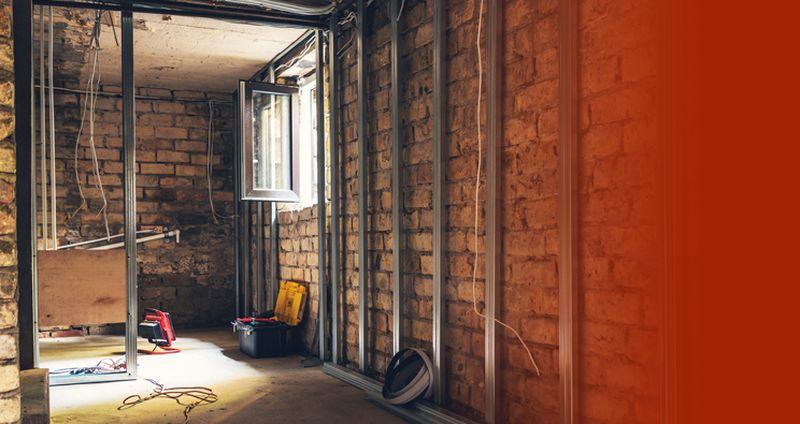 montaż izolacji wpomieszczeniu